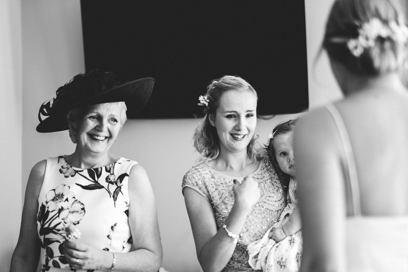 COWBRIDGE GLYNDWR VINEYARD WEDDING PHOTOGRAPHY CARDIFF SOUTH WALES 011