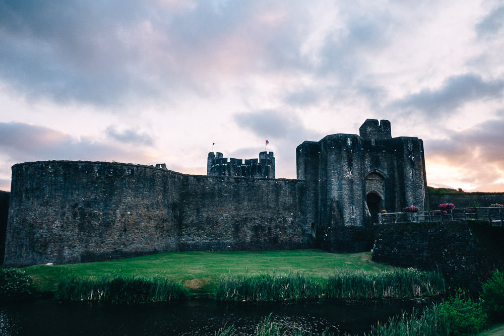 ANERIA SARAH ALTERNATIVE WEDDING PHOTOGRAPHY CAERPHILLY CASTLE 76