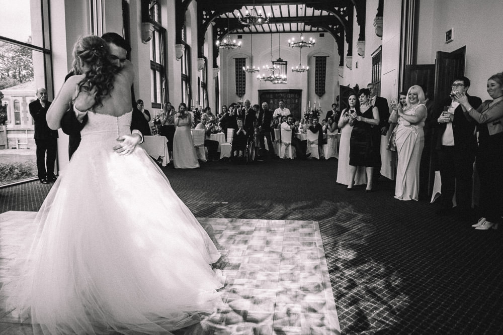 MILES VICTORIA DOCUMENTARY WEDDING PHOTOGRAPHY WORCESTER STANBROOK ABBEY 111