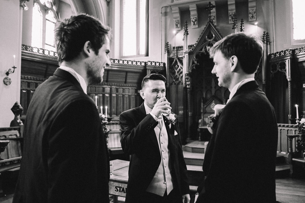 MILES VICTORIA DOCUMENTARY WEDDING PHOTOGRAPHY WORCESTER STANBROOK ABBEY 26