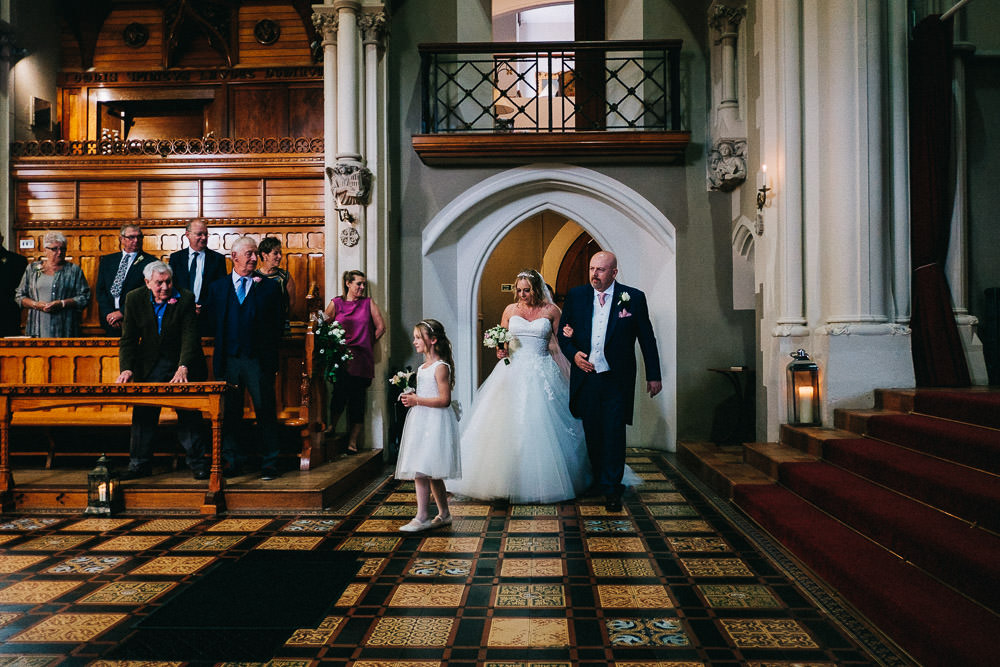 MILES VICTORIA DOCUMENTARY WEDDING PHOTOGRAPHY WORCESTER STANBROOK ABBEY 30