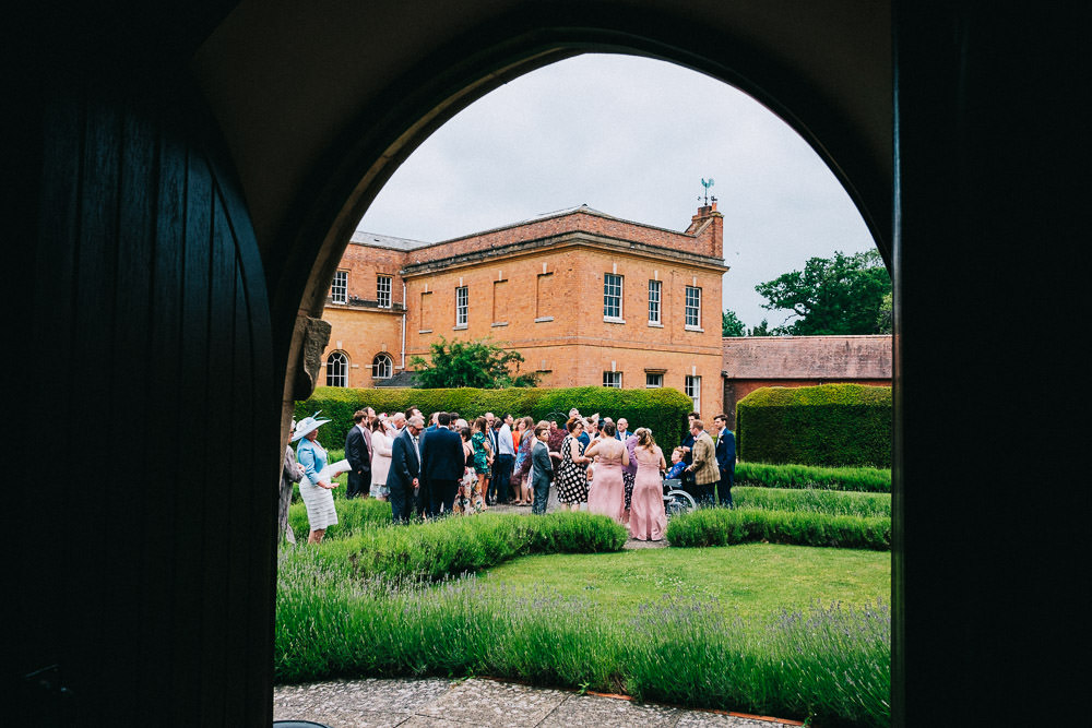 MILES VICTORIA DOCUMENTARY WEDDING PHOTOGRAPHY WORCESTER STANBROOK ABBEY 37