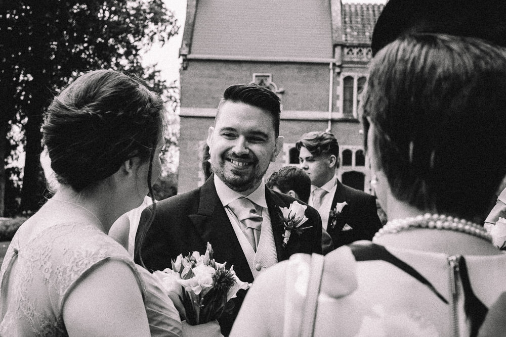 MILES VICTORIA DOCUMENTARY WEDDING PHOTOGRAPHY WORCESTER STANBROOK ABBEY 45