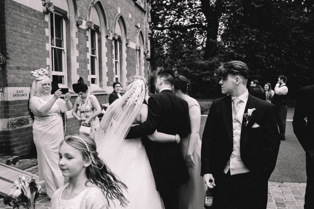 MILES VICTORIA DOCUMENTARY WEDDING PHOTOGRAPHY WORCESTER STANBROOK ABBEY 73