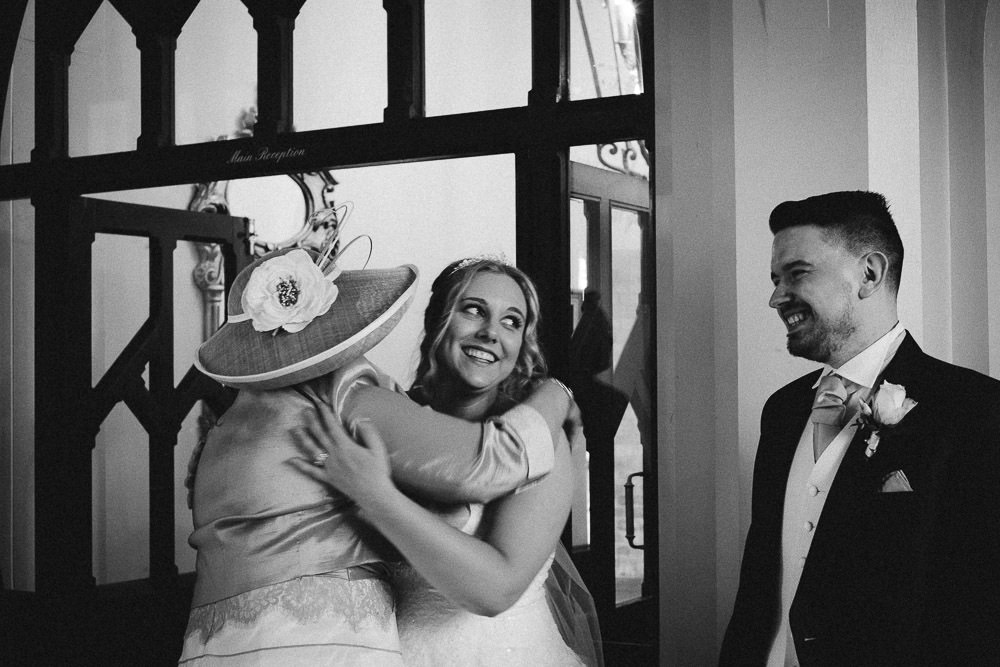 MILES VICTORIA DOCUMENTARY WEDDING PHOTOGRAPHY WORCESTER STANBROOK ABBEY 83