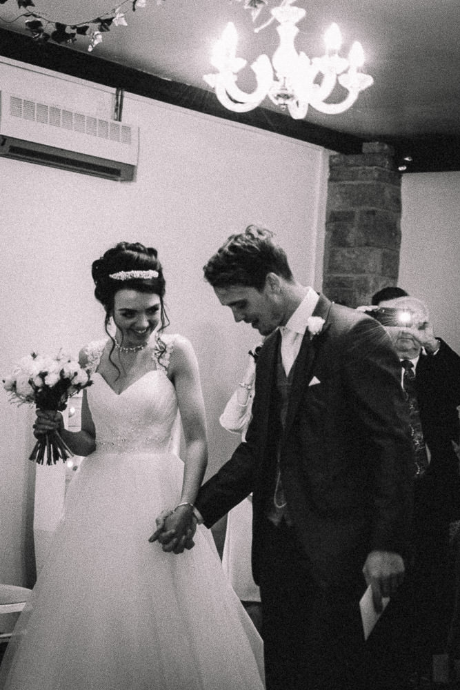 THOMAS ANDREA LAKESIDE VENUE BRIDGEND WEDDING PHOTOGRAPHER 17