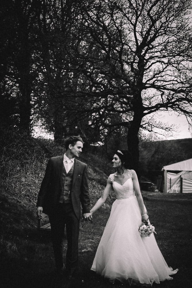 THOMAS ANDREA LAKESIDE VENUE BRIDGEND WEDDING PHOTOGRAPHER 46
