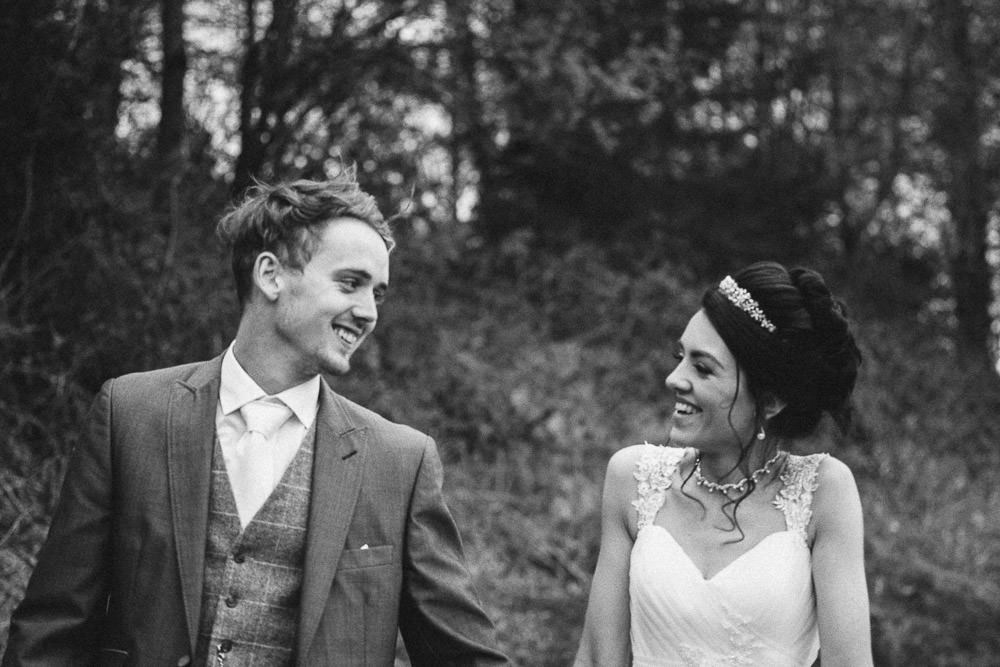 THOMAS ANDREA LAKESIDE VENUE BRIDGEND WEDDING PHOTOGRAPHER 47