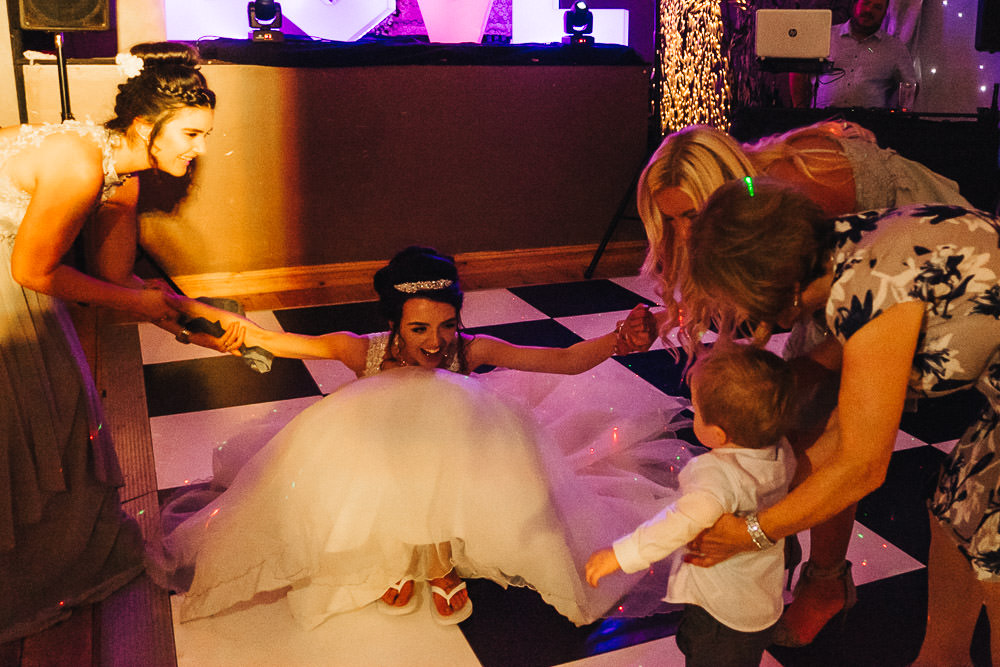 THOMAS ANDREA LAKESIDE VENUE BRIDGEND WEDDING PHOTOGRAPHER 64